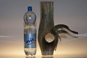 Kohlenstoffdioxid_Mineralwasser_Holz